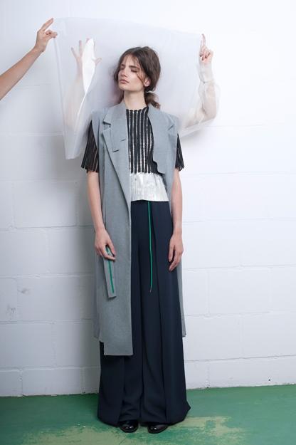 Photo: Imke Panhuijzen Muah: Thoke Delorge Model: Stella - Dune Agency