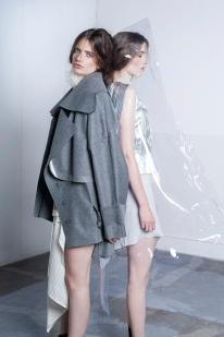 Photo: Imke Panhuijzen Muah: Thoke Delorge Model: Stella - Dune Agency/Ella van Steenbergen